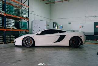 adv1-mclaren-mp412c-3-peice-forged-black-gunmetal-wheels-f_w940_h641_cw940_ch641_thumb